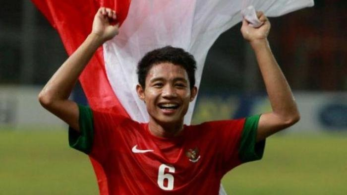 Evan Dimas Darmono Resmi jadi Gelandang Persija Jakarta