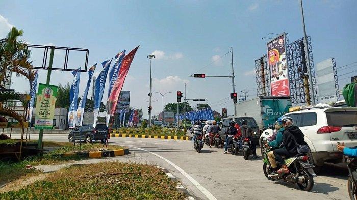 Berada Dekat Kediaman Jokowi di Solo, Exit Tol Klodran Dipasangi Barikade untuk Kurangi Kemacetan