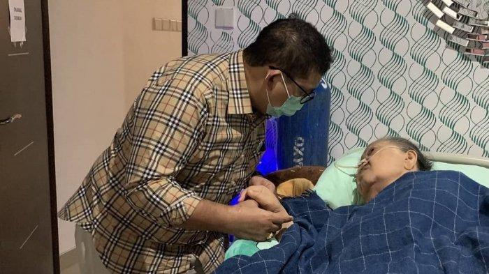 Fadli Zon Khawatir Ibundanya Jatuh Sakit, Enggan Bawa ke Rumah Sakit Beralasan Kamar Penuh