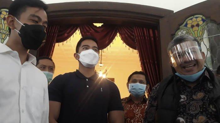 Senyum Fahri Hamzah Merekah Bertemu Gibran Anak Jokowi, Ini Katanya soal Calon Pilgub DKI