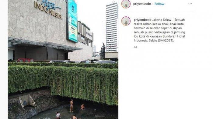Dibalik Foto Viral Anak-anak Bermain di Depan Selokan Plaza Indonesia, Potret Ketimpangan Ibu Kota