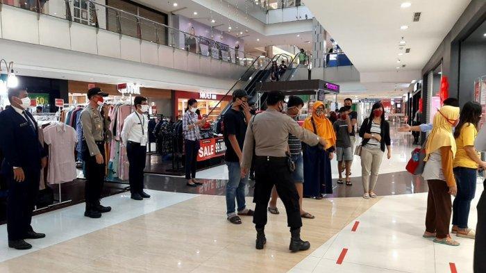 Mall di Solo Baru Ramai Jelang Lebaran Meski Masih Corona, Polisi Turun Tertibkan, Ini Penampakannya