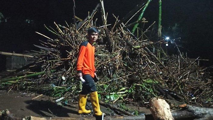 Tak Hanya Diterjang Banjir Bandang yang Mengerikan, Sejumlah Wilayah di Wonogiri Alami Longsor