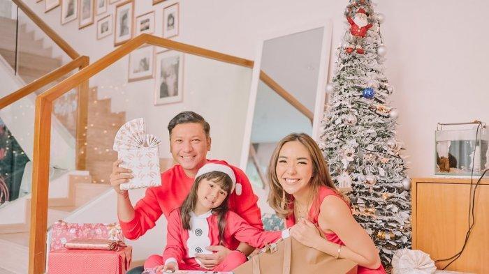 Gisel dan Gading Kompak Bagikan Foto Rayakan Natal Bersama Gempi, Ternyata Ada Alasannya