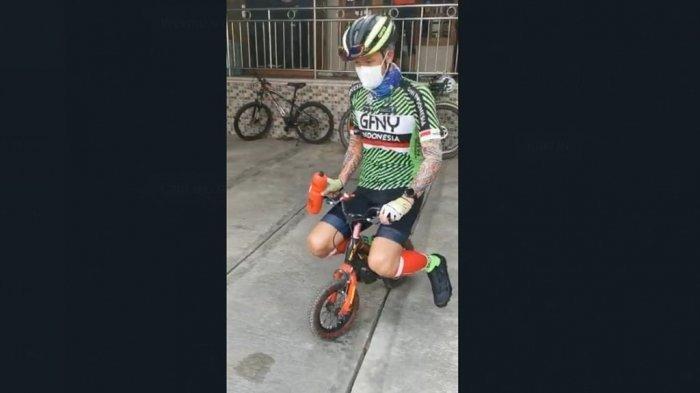 Unggah Foto Naik Sepeda Bocah, Ganjar Pranowo Ingatkan Protokol Kesehatan saat Olahraga