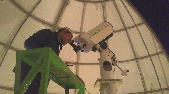 Cara Melihat Detik-detik Munculnya Fenomena Langka Gerhana Bulan dengan Aman, Berikut Anjuran BMKG