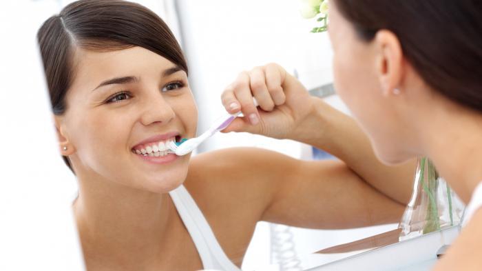 Lebih Baik Mana, Menyikat Gigi Sebelum atau Sesudah Sarapan? Simak Penjelasannya
