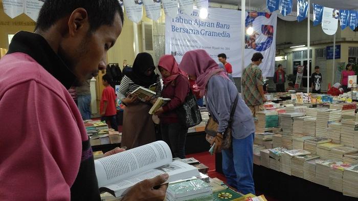 Targetkan 2.000 Pengunjung pada Weekend, Gramedia Slamet Riyadi Solo Gencar Beri Diskon