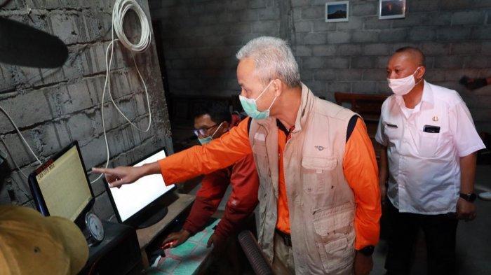 Gubernur Jateng Ganjar Tinjau Kesiapan Evakuasi Warga Lereng Merapi saat Pandemi, Begini Arahannya