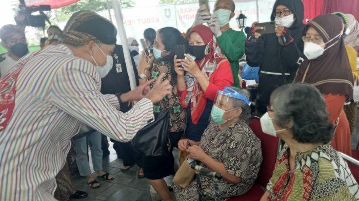 Jawa Tengah Siap Vaksinasi Mandiri, Gubernur Jateng Ganjar Sebut Skema Disiapkan Kementerian