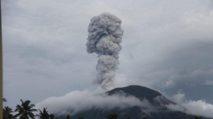 Berstatus Waspada Level II, Gunung Ibu di Halmahera Barat Meletus Hampir Setiap Hari
