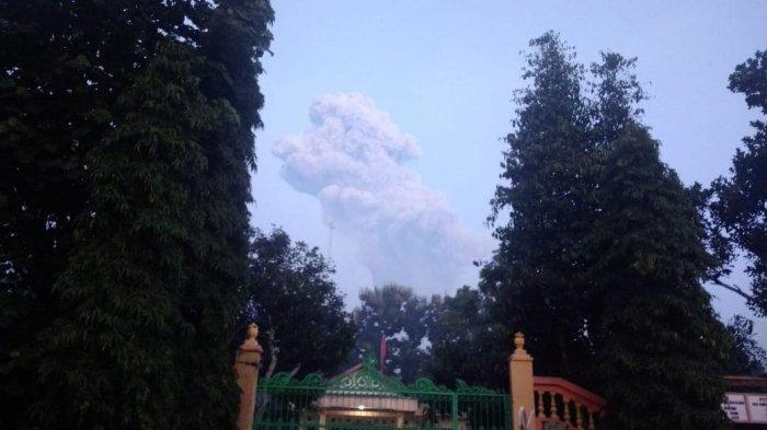 Gunung Merapi Erupsi Lagi, Warga Lereng di Klaten Dipastikan Aman