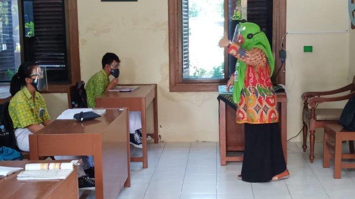 Pegiat Pendidikan Solo Tanggapi Kebijakan Jokowi Soal Sekolah Tatap Muka, Sebut Terlalu Tergesa-gesa