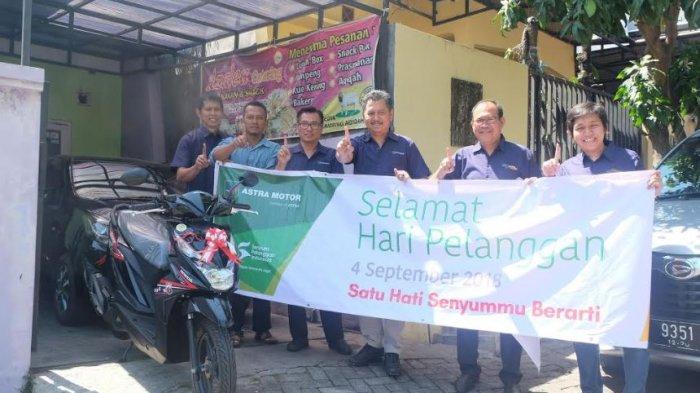 Hari Pelanggan Nasional, Astra Motor Jawa Tengah Berikan Kejutan Spesial pada Pelanggan Setia