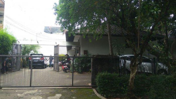 Pencuri Ambil Uang dan Perhiasan dari dalam Lemari di Rumah Mantan Menteri Harmoko