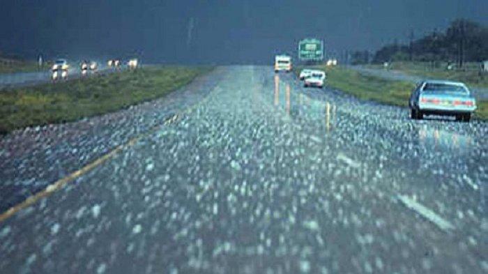 Hujan Es di Tawangmangu, Besarnya Seukuran Biji Kacang
