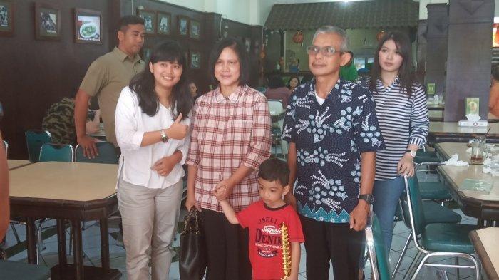 Pulang ke Solo, Ibu Negara Iriana Jokowi Makan Bareng Selvi Ananda dan Jan Ethes