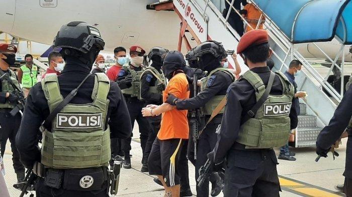 Operasi Besar Densus 88 di Jateng-DIY : Tangkap 7 Terduga Teroris, dari Makelar hingga Penjual Soto