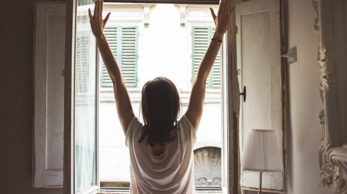 10 Kebiasaan Setelah Bangun Tidur untuk Bantu Turunkan Berat Badan, Yuk Coba Mulai Besok Pagi