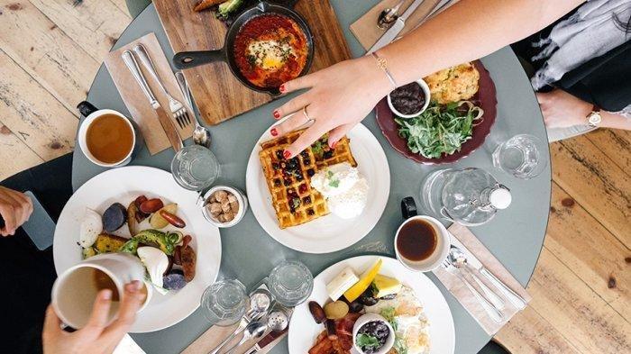 Bolehkah Kita Makan Saat Waktu Antara Imsyak dan Adzan Subuh? Ini Penjelasan Kemenag Solo