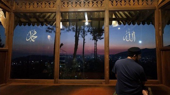Cerita Para Perantau di Jakarta Shalat Idul Fitri di Atas Atap Indekos Lantaran Tak Bisa Mudik