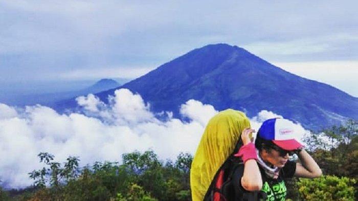 Gunung Lawu Tetap Dibuka Untuk Pendaki Meski Ada Penyerangan Polisi Karanganyar,Tapi via Candi Cetho