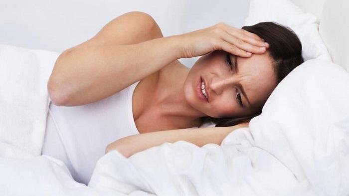 Mengenal 5 Gejala Sakit Kepala yang Tidak Normal, Salah Satunya Sakit Kepala Disertai Demam