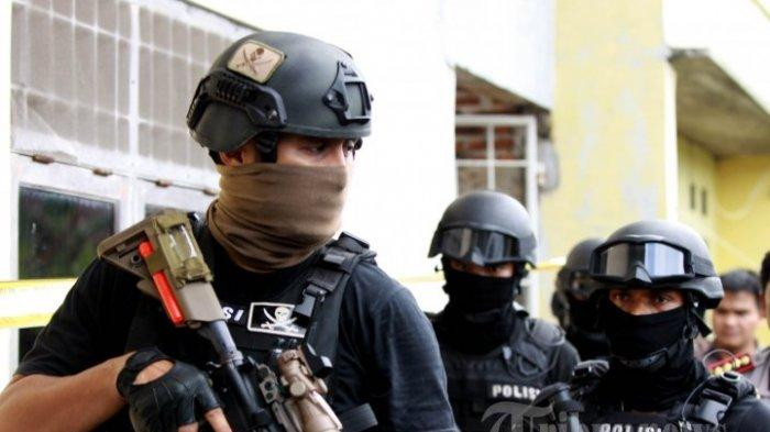 Istri Terduga Teroris di Klaten Sempat Tak Tahu Suaminya Ditangkap : Pulang ke Rumah Ada Densus 88