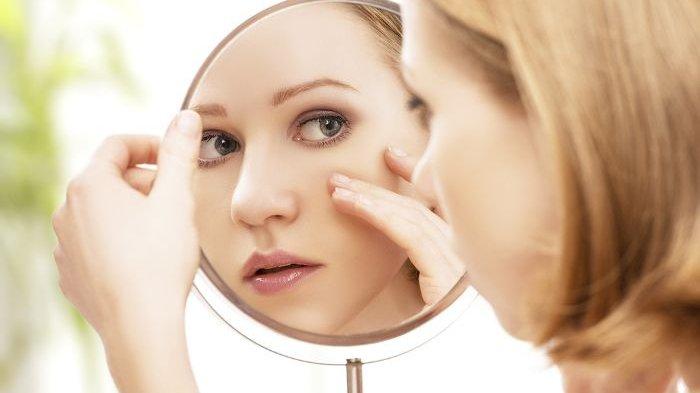 Jangan Sembarangan! 5 Kandungan dalam Skincare Ini Bisa Membuat Kulit Wajah Bruntusan dan Berjerawat