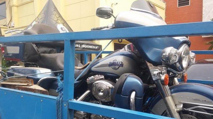 Barang Bukti Kasus Dimas Kanjeng Dibawa ke Kejati Jatim, Termasuk Harley Davidson