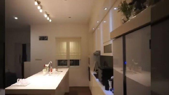 Interior rumah Tengku Firmansyah dan Cindy Fatikasari