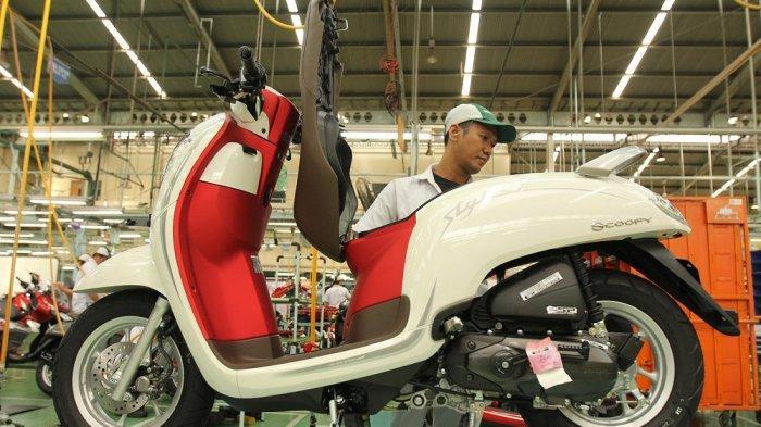 Jelang Hari Kemerdekaan Indonesia ke-74, HondaScoopy Hadir Berkonsep Merah Putih, Ini Harganya