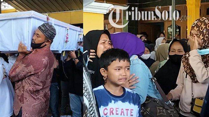 Jenazah Hadi Mulyono (61) dan Sukinem (58) dibawa meninggalkan rumah duka dan isak tangis sanak saudara di Desa Jurangjero, Kecamatan Sambungmacan, Kabupaten Sragen, Selasa (12/10/2021).