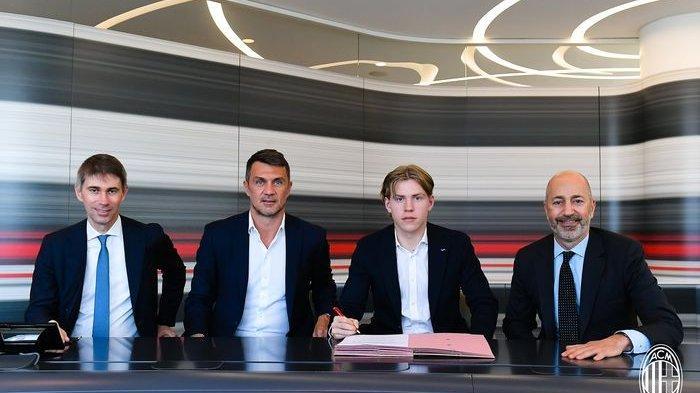AC Milan secara resmi mendatangkan Jens Petter Hauge dari klub asal Norwegia, Bodo/Glimt.