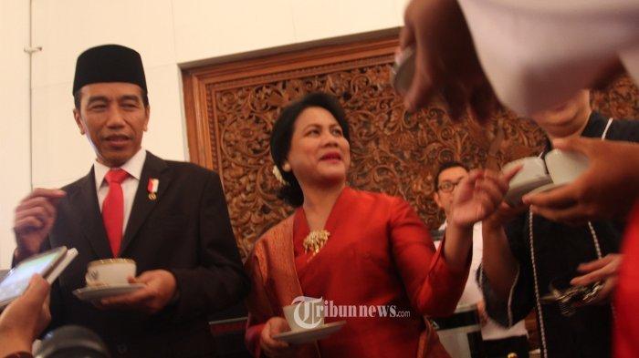 Iriana Jokowi Jenguk Wiranto di RSPAD