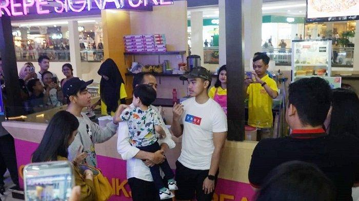 Malam Mingguan, Presiden Jokowi Ajak Keluarga ke Solo Paragon Mall