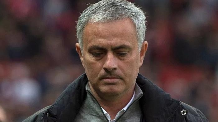 Hasil Porto vs AS Roma Imbang 1-1, Tindakan Jose Mourinho Tarik si Gelandang karena Perbuatan Pepe