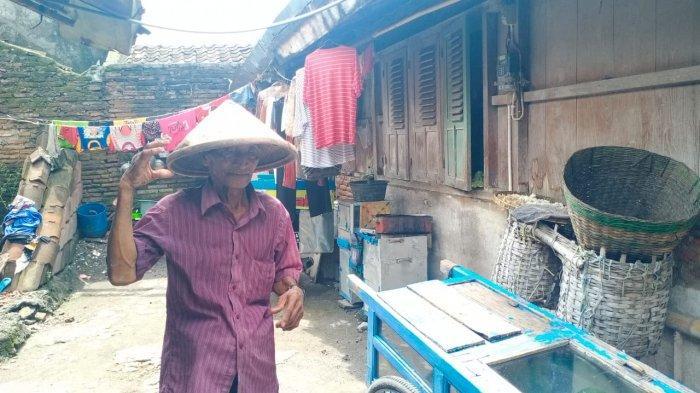 Kakek Renta Penjual Lotis di Solo Ditipu Pembeli dengan Uang Palsu Rp 150 Ribu, Polisi Buru Pelaku