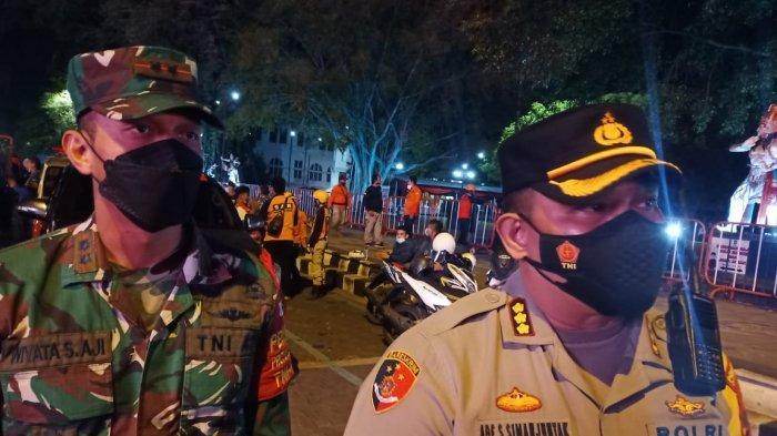 Operasi Malam PPKM Darurat Hari Pertama di Solo, 17 Titik Kerumunan Dibubarkan