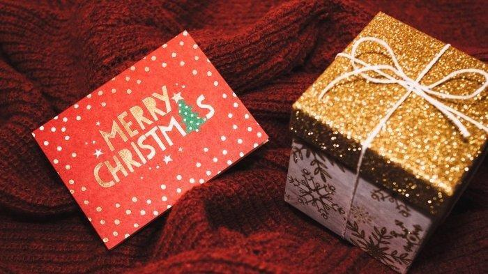 Simak berikut ini kumpulan kartu ucapan Natal yang sangat cocok untuk dikirimkan kepada keluarga dan kerabat atau diunggah sebagai status di WhatsApp.