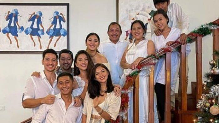 Keluarga besar Naysilla Mirdad