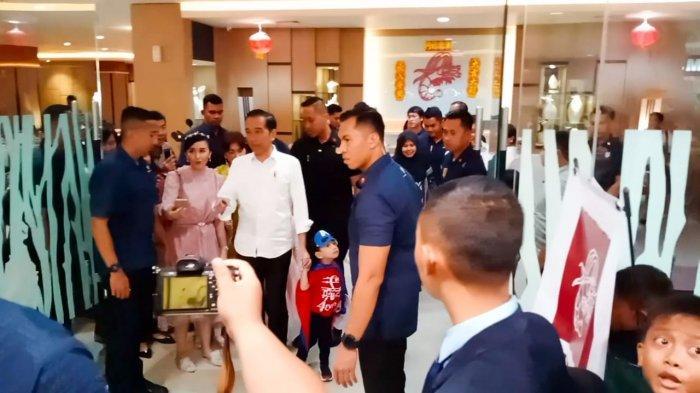 Puas Bermain, Keluarga Jokowi Lanjutkan Makan Siang Menu Seafood