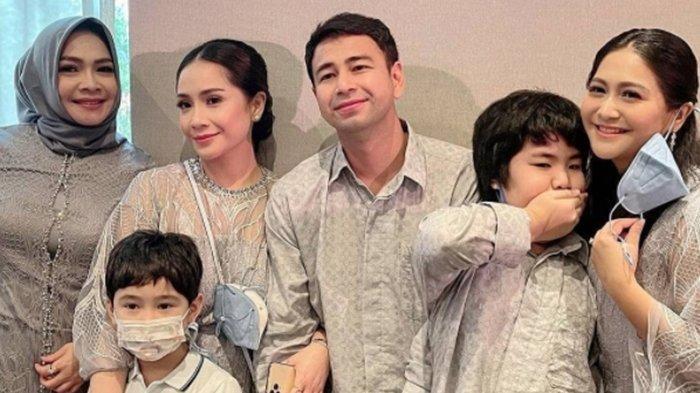 Raffi Ahmad Akhirnya Hadir di Acara Keluarga Besar Nagita Slavina, Sang Mertua Tulis Pesan Manis