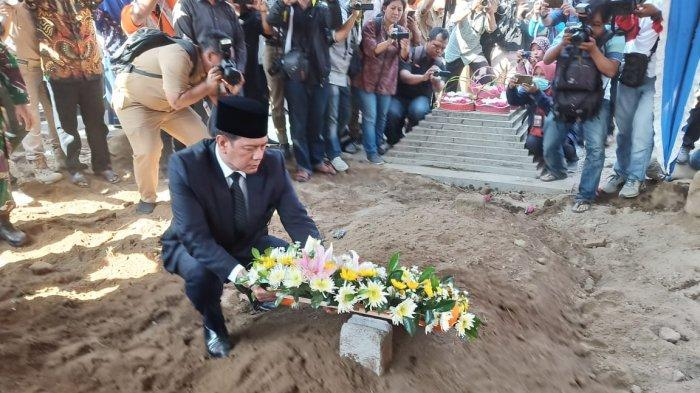 Seusai Berdoa di Pusara Makam Sutopo, Kepala BNPB Doni Monardo: Akan Lahir Sutopo-Sutopo Muda
