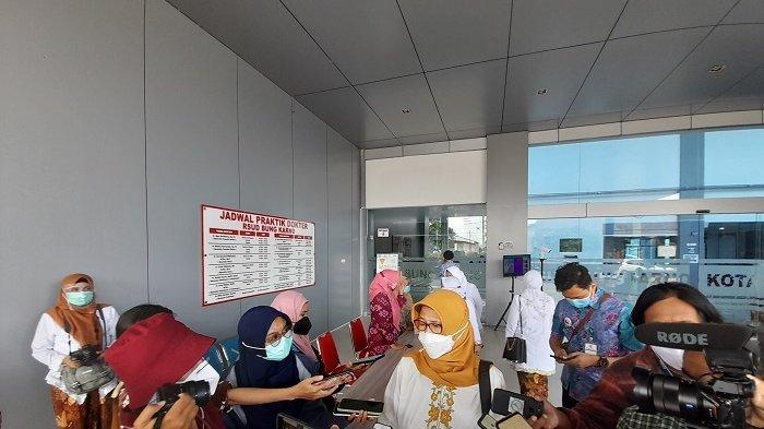 Vaksinasi Covid-19 Tahap 2 di Kota Solo : Sasar Nakes Lansia Di Atas 60 Tahun
