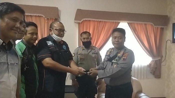 Rekaman Video Detik-detik Oknum Ojol Mencuri HP Oppo dan Samsung di Klaten Diserahkan ke Polisi