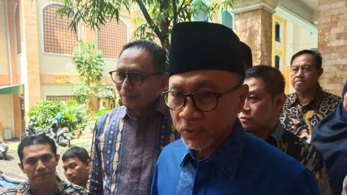 Ketum PAN Zulkifli Hasan Restui Wiwaha Maju Pilkada Sukoharjo 2020, Siap Lawan Calon dari PDIP?