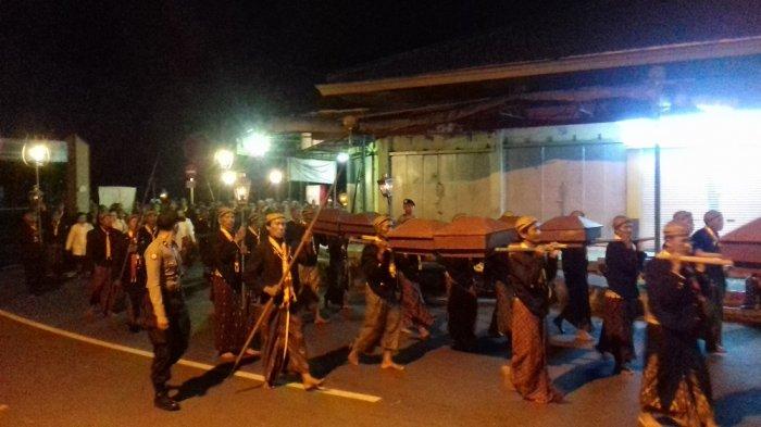Sambut Lailatul Qadar, Keraton Surakarta Gelar Kirab Malam Selikuran