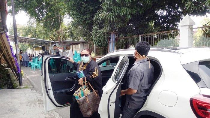 Gegara Pandemi Corona, Nunung Tempuh Jalur Darat Jakarta-Solo 530 Km Demi Bertemu Jenazah Ibundanya