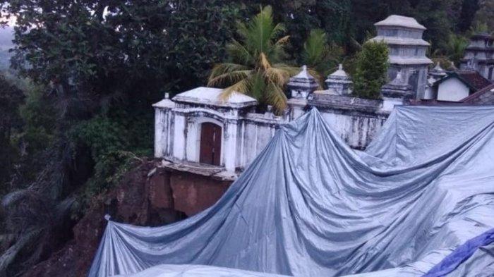 Bekas Longsoran di Makam Raja Imogiri Bantul Dipasangi Terpal Demi Antisipasi Longsor Susulan